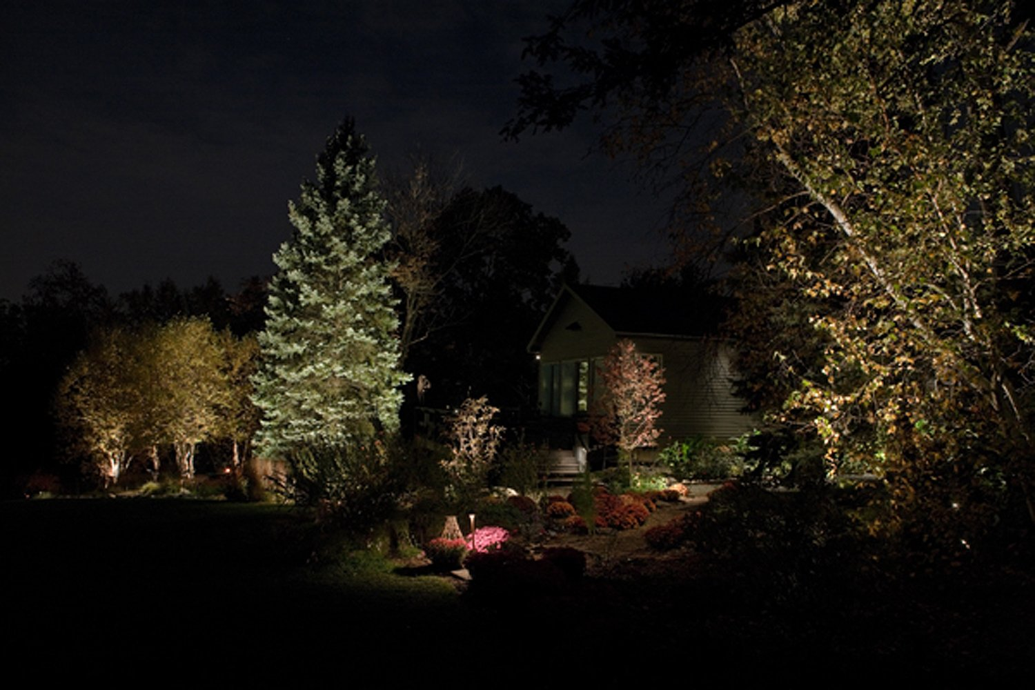 Outdoor Landscape Lighting Professional : Professional outdoor lighting design innovative nightscapes